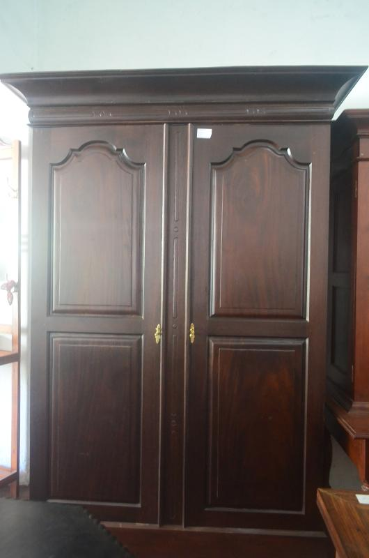 Almirahs wardrobes cupboards bedroom furniture for Bedroom designs sri lanka