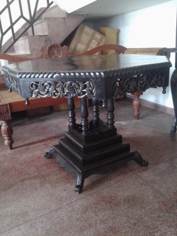Ebony Octagon Table