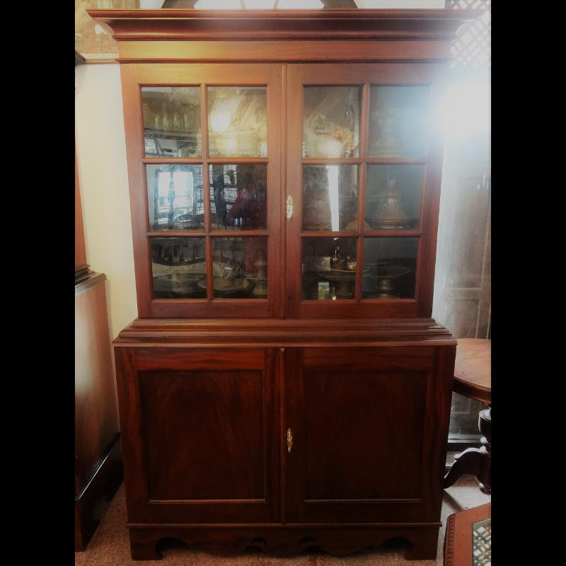 Jack wood Display Cabinet