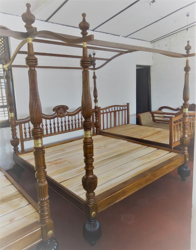 Teak Canopy Bed